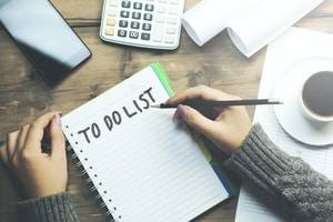 Making a Divorce To-Do List to Stay Organized